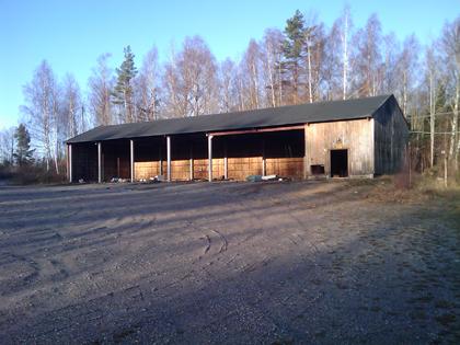 Övergivna militärförråd vid Almnäs