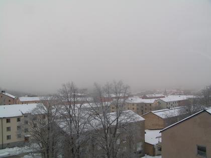Södertälje 091230 0953 -9.9 grader, dimma